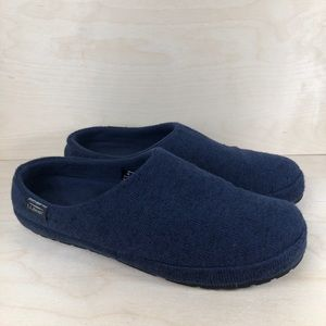 L.L. Bean Blue Slippers Size 10
